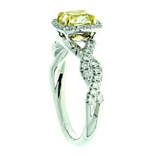 Azaro 18k Two-tone Gold 1 2/5ct TDW Cushion Halo Diamond Engagement Ring (G-H, SI1-SI2)