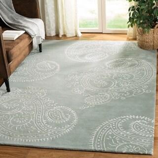 Safavieh Handmade Bella Paisley Grey / Ivory Wool Rug (8' x 10')