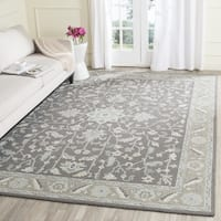 Safavieh Handmade Blossom Dark Grey / Light Brown Wool Rug - 10' x 14'