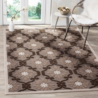Safavieh Indoor / Outdoor Cottage Ogee Light Brown / Brown Rug (8' x 11')