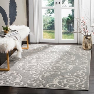 Safavieh Indoor / Outdoor Cottage Scrolling Vines Grey / Light Grey Rug (9' x 12')