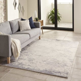 Hand-Tufted Gallery Quartz Wool Rug (2' x 3')