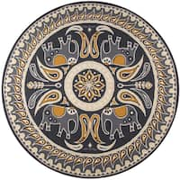 Momeni Veranda Gold Lucky Elephant Indoor/Outdoor Rug (9' X 9' Round) - 9' x 9'
