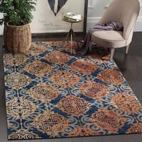 Safavieh Evoke Vintage Damask Blue/ Orange Distressed Rug (7' x 10')