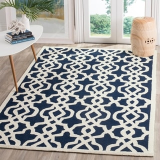 Safavieh Hand-hooked Four Seasons Navy / Ivory Rug (9' x 12')