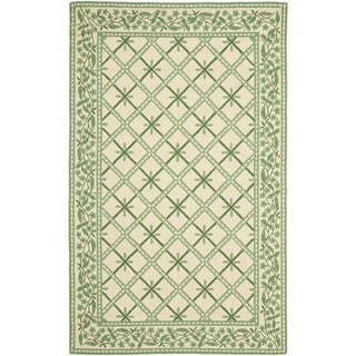 Safavieh Hand-Hooked Chelsea Ivory / Light Green Wool Rug (9' x 12')