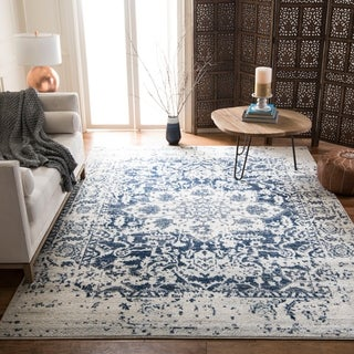Safavieh Madison Vintage Medallion Cream/ Navy Distressed Rug (7' x 10')