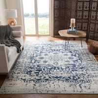 Safavieh Madison Vintage Snowflake Medallion Cream/ Navy Rug - 8' x 10'