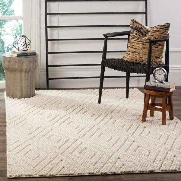 Safavieh Handmade Natura Southwestern Ivory Wool / Cotton Rug by Safavieh