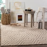 Safavieh Handmade Natura Southwestern Beige Wool / Cotton Rug - 8' x 10'