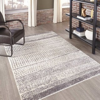 """Machine Made Xavier Ivory Polyester with Polypropylene Rug (3'11"""" x 5'7"""")"""