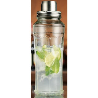 Mixology Clear Glass 33-ounce Cocktail Shaker