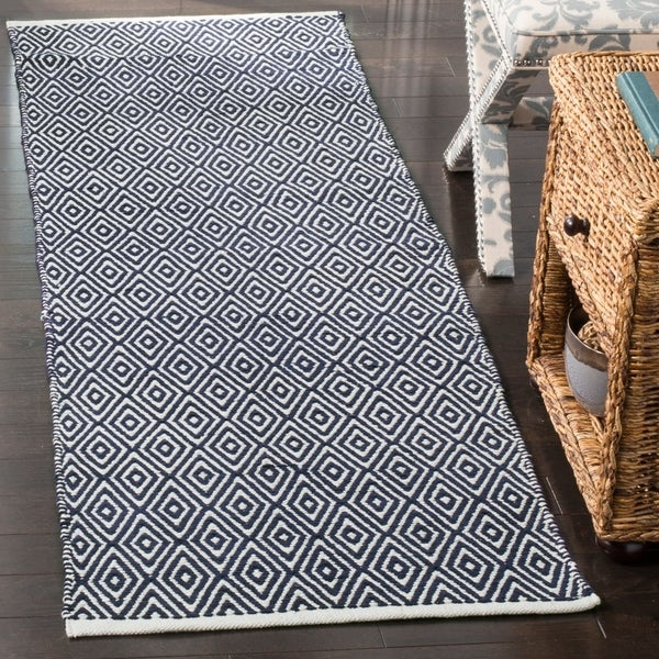 Safavieh Handmade Boston Navy Cotton Runner Rug - 2' 3 x 7'