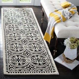 Safavieh Handmade Moroccan Cambridge Black / Ivory Wool Runner Rug (2' x 12')