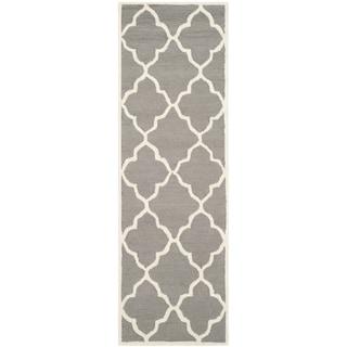 Safavieh Handmade Moroccan Cambridge Dark Grey / Ivory Wool Runner Rug (2' x 6')