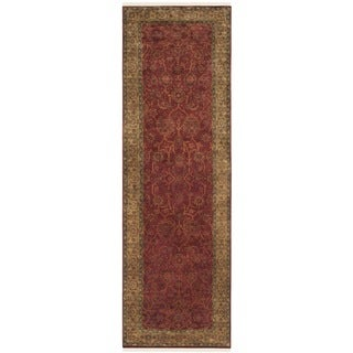 Safavieh Couture Hand-knotted Ganges River Shantell Traditional Oriental Wool Rug with Fringe (26 x 10 Runner - Rust/Green)