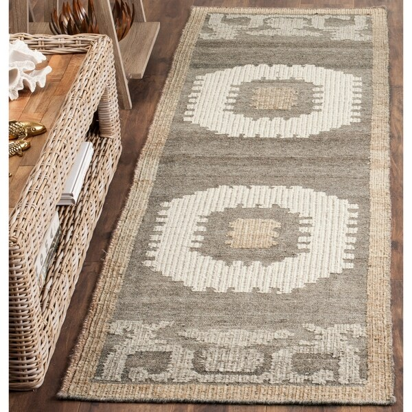 "Safavieh Handmade Kenya Ivory / Brown Wool Runner Rug - 2'3"" x 8'"