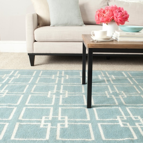 Martha Stewart by Safavieh Square Dance Geyser Blue Wool / Silk Rug (3' x 5')