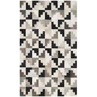 Safavieh Handmade Studio Leather Modern Abstract Ivory / Black Leather Rug - 3' x 5'
