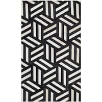 Safavieh Handmade Studio Leather 200 Ivory / Black Leather Rug - 3' x 5'