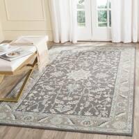 Safavieh Handmade Blossom Dark Grey / Light Brown Wool Rug - 6' x 9'