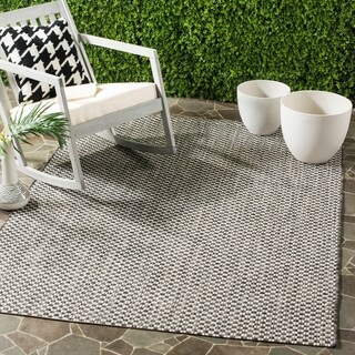 Safavieh Indoor / Outdoor Courtyard Black / Light Grey Rug - 5' x 8'