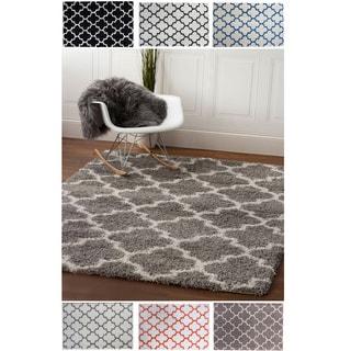 Cozy Trellis White/Black/Grey Polypropylene Machine-woven Shag Area Rug (5' x 7'2)