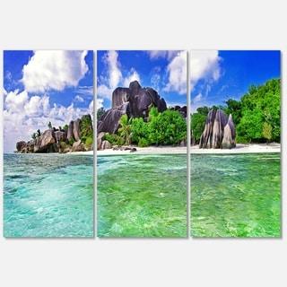 Amazing La Diguse Island Seychelles - Landscape Glossy Metal Wall Art - 36Wx28H
