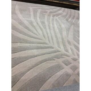 Safavieh Hand-hooked Total Performance Grey Acrylic Rug (6' x 9')