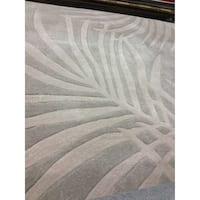Safavieh Hand-hooked Total Performance Grey Acrylic Rug - 6' x 9'