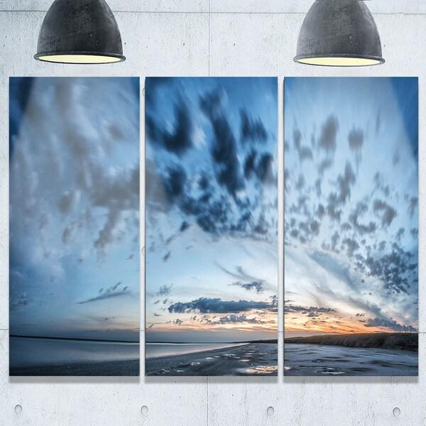 Manych Rissua Lake Panorama - Landscape Glossy Metal Wall Art - 36Wx28H