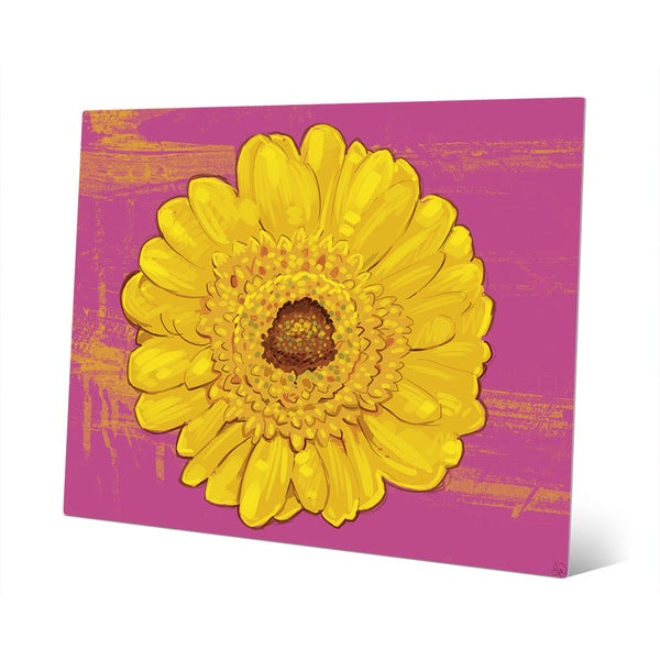 Daisy on Magenta\' Metal Wall Art