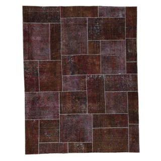 Burgundy Wool Persian Overdyed Patchwork Hand-knotted Rug (7'9x10')