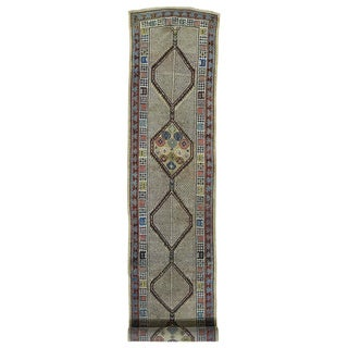 1800GetaRug Serab Ivory/Multicolor Wool Hand-knotted Antique-style Persian Runner Rug (2'10 x 17')