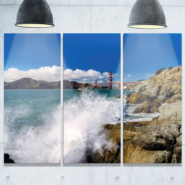 Golden Gate Bridge In San Francisco Large Seashore Glossy Metal Wall