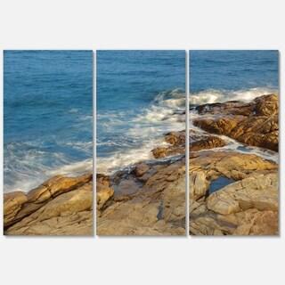 Rocky Hong Kong Seashore - Extra Large Seashore Metal Wall At - 36Wx28H