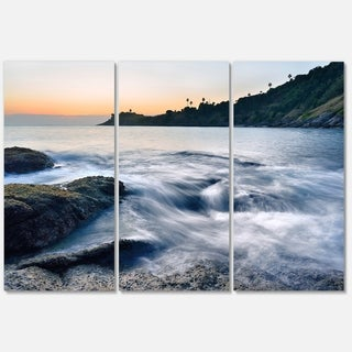 Slow Motion Sea Waves over Rocks - Modern Seascape Metal Wall At - 36Wx28H