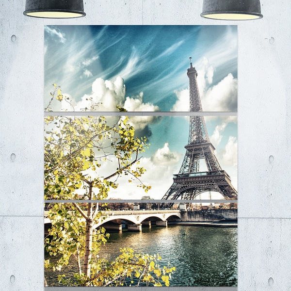Designart - Vegetation Near Eiffel Tower - Landscape Photo Glossy Metal Wall Art