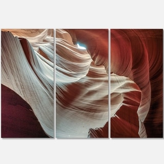 Designart - Antelope Canyons Hollow - Landscape Photo Glossy Metal Wall Art