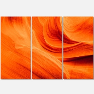 Designart - Orange Upper Antelope Canyon - Landscape Photo Glossy Metal Wall Art