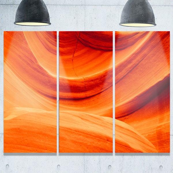 Designart - Antelope Canyon Orange Wall - Landscape Photo Glossy Metal Wall Art