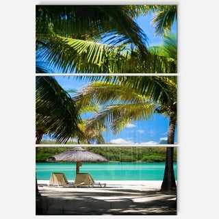Designart - Tropical Paradise - Beach and Shore Photo Glossy Metal Wall Art