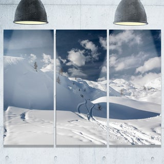 Designart - Ski Tracks on a Slope - Landscape Photo Glossy Metal Wall Art