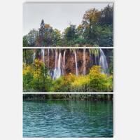 Designart - Plitvice Lakes Croatia - Landscape Photo Glossy Metal Wall Art