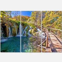 Designart - Autumn in Plitvice Lakes - Landscape Photo Glossy Metal Wall Art
