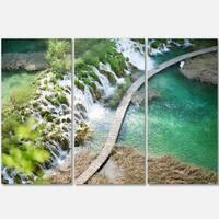 Designart - Tourist Path in Plitvice Lakes - Landscape Photo Glossy Metal Wall Art