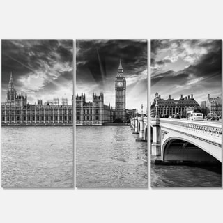 Designart - Westminster Palace in Gray Shade - Photography Glossy Metal Wall Art