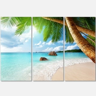 Designart - Praslin Island Seychelles Beach - Seashore Photo Glossy Metal Wall Art
