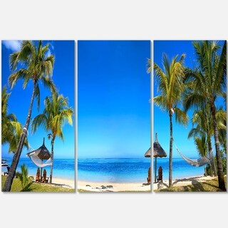 Designart - Mauritius Beach with Chairs - Seashore Photo Glossy Metal Wall Art