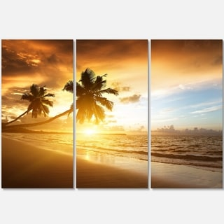 Designart - Caribbean Seashore Sunset - Seascape Photo Glossy Metal Wall Art